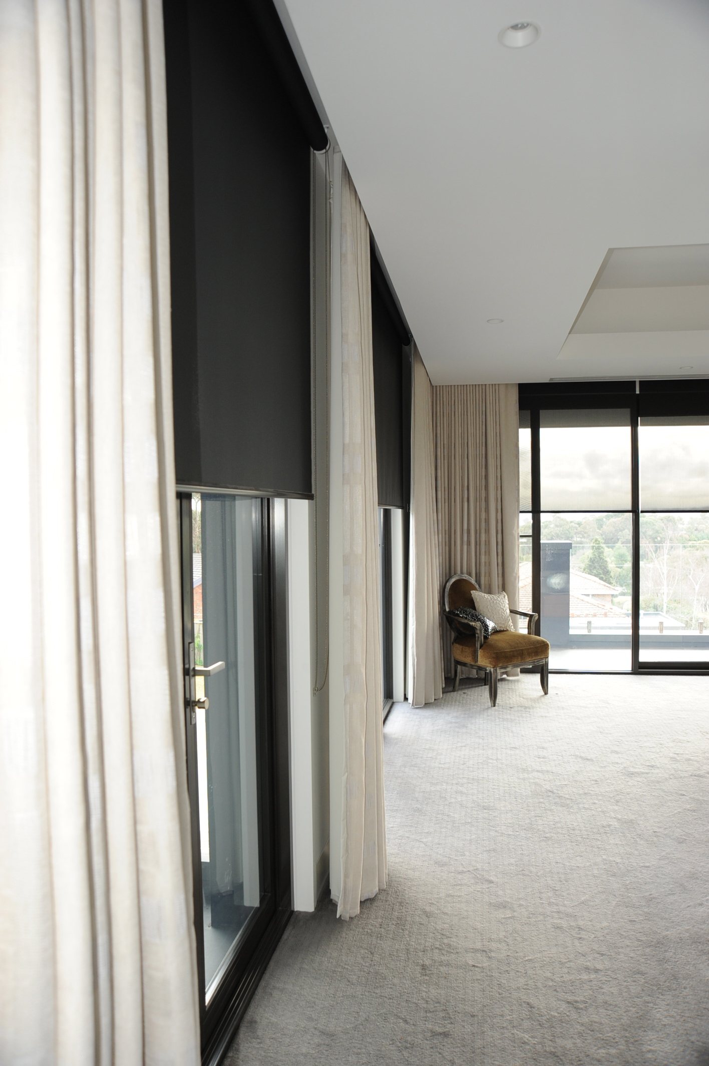 drapes-rollers-mesh-4